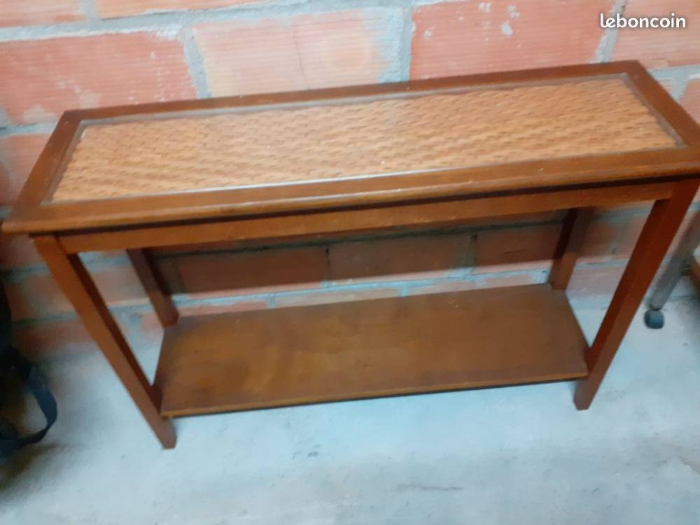 Table /Console