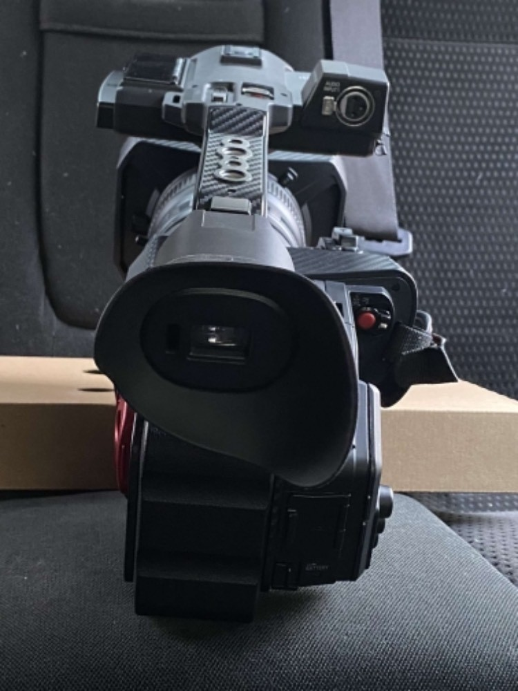 Caméra Panasonic 4k Ag-Dvx 200